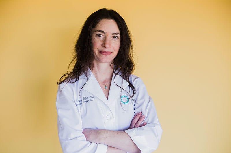 Dr. Jennifer Schiavone-Ruthensteiner